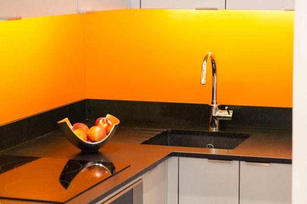 credence stratifi orange id e pour cuisine. Black Bedroom Furniture Sets. Home Design Ideas
