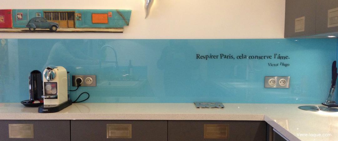 Credence cuisine en verre bleu id e pour cuisine - Credence en verre pour cuisine ...