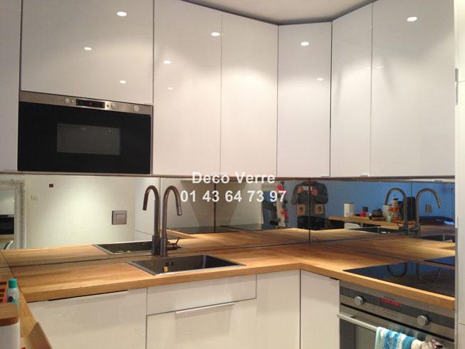 credence miroir fum id e pour cuisine. Black Bedroom Furniture Sets. Home Design Ideas