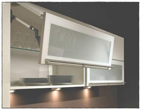 Meuble haut cuisine vitr ikea id e pour cuisine - Meuble haut vitre ...