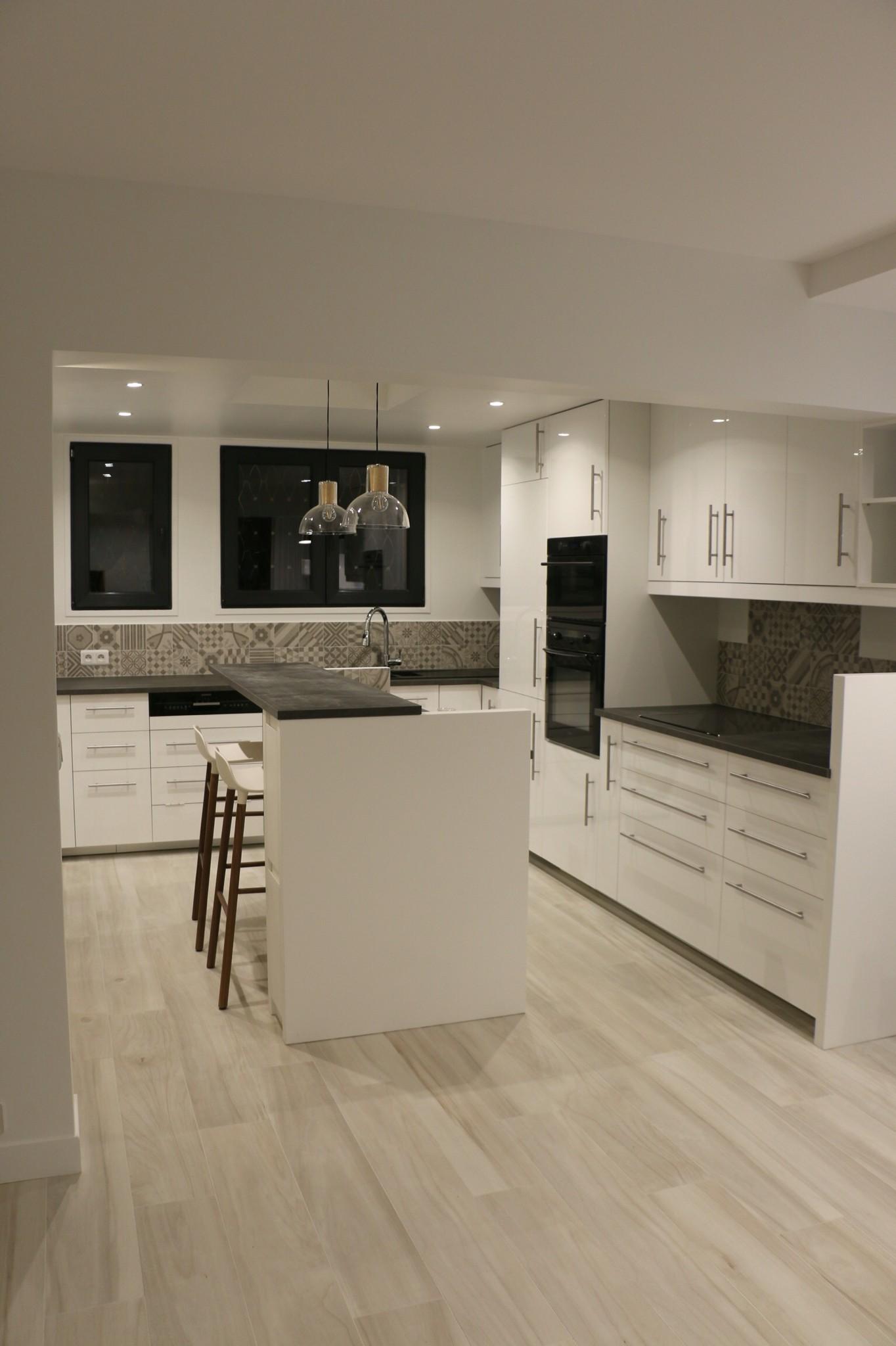 credence cuisine renovation id e pour cuisine. Black Bedroom Furniture Sets. Home Design Ideas