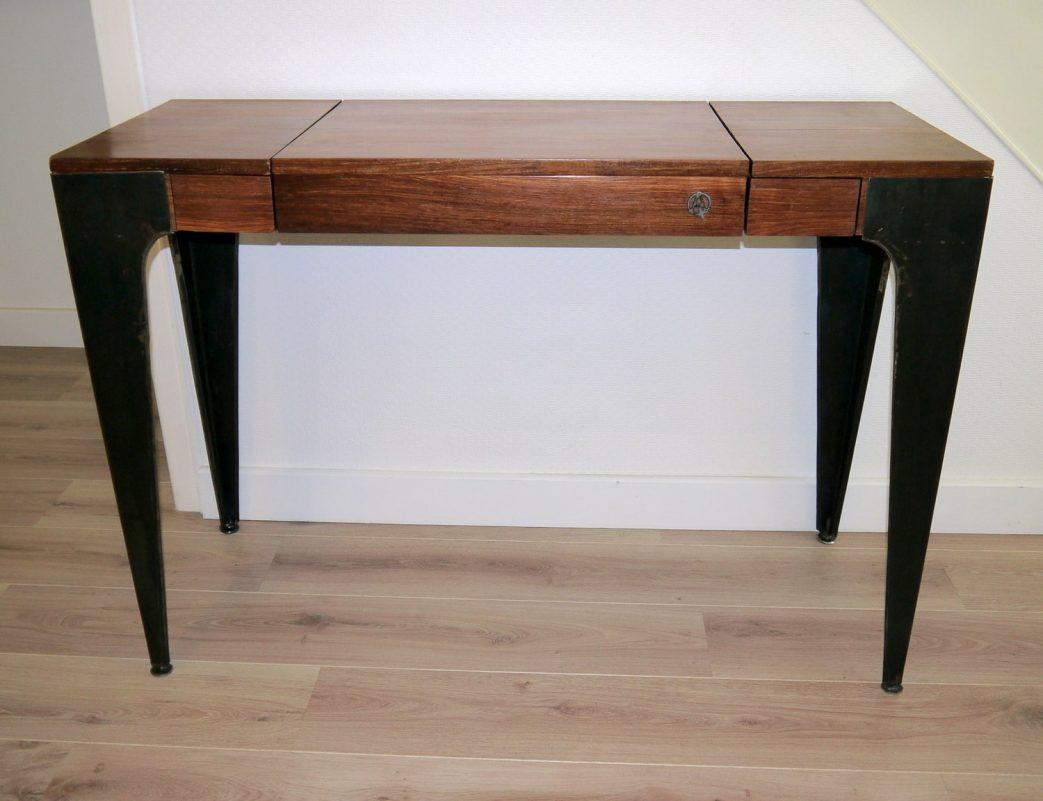 console bois et fer maison du monde id e pour cuisine. Black Bedroom Furniture Sets. Home Design Ideas