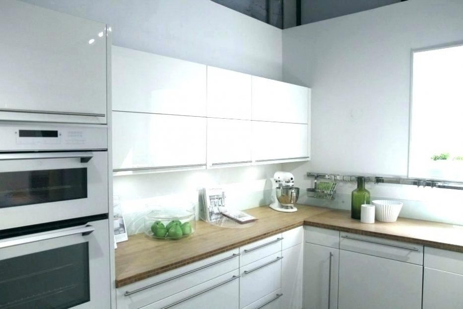 cr dence verre sur mesure leroy merlin id e pour cuisine. Black Bedroom Furniture Sets. Home Design Ideas
