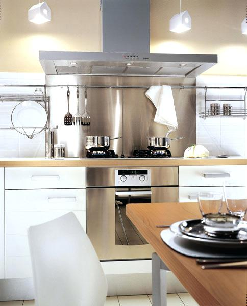cuisine credence inox blanche id e pour cuisine. Black Bedroom Furniture Sets. Home Design Ideas