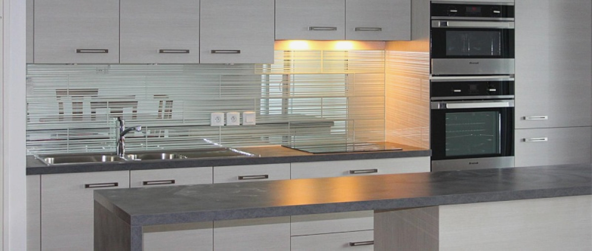 Miroir comme credence id e pour cuisine - Credence design cuisine ...