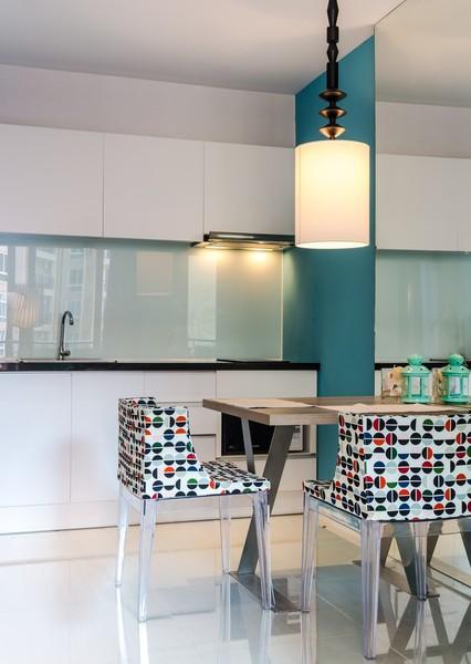 credence en verre transparent sur mesure id e pour cuisine. Black Bedroom Furniture Sets. Home Design Ideas