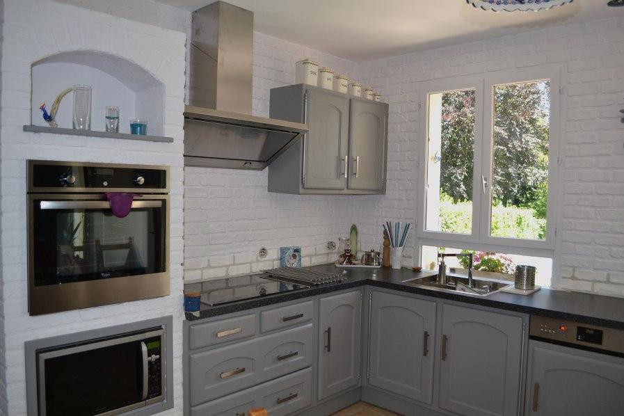 Relooker cuisine rustique avant apr s id e pour cuisine - Relooker meuble rustique ...
