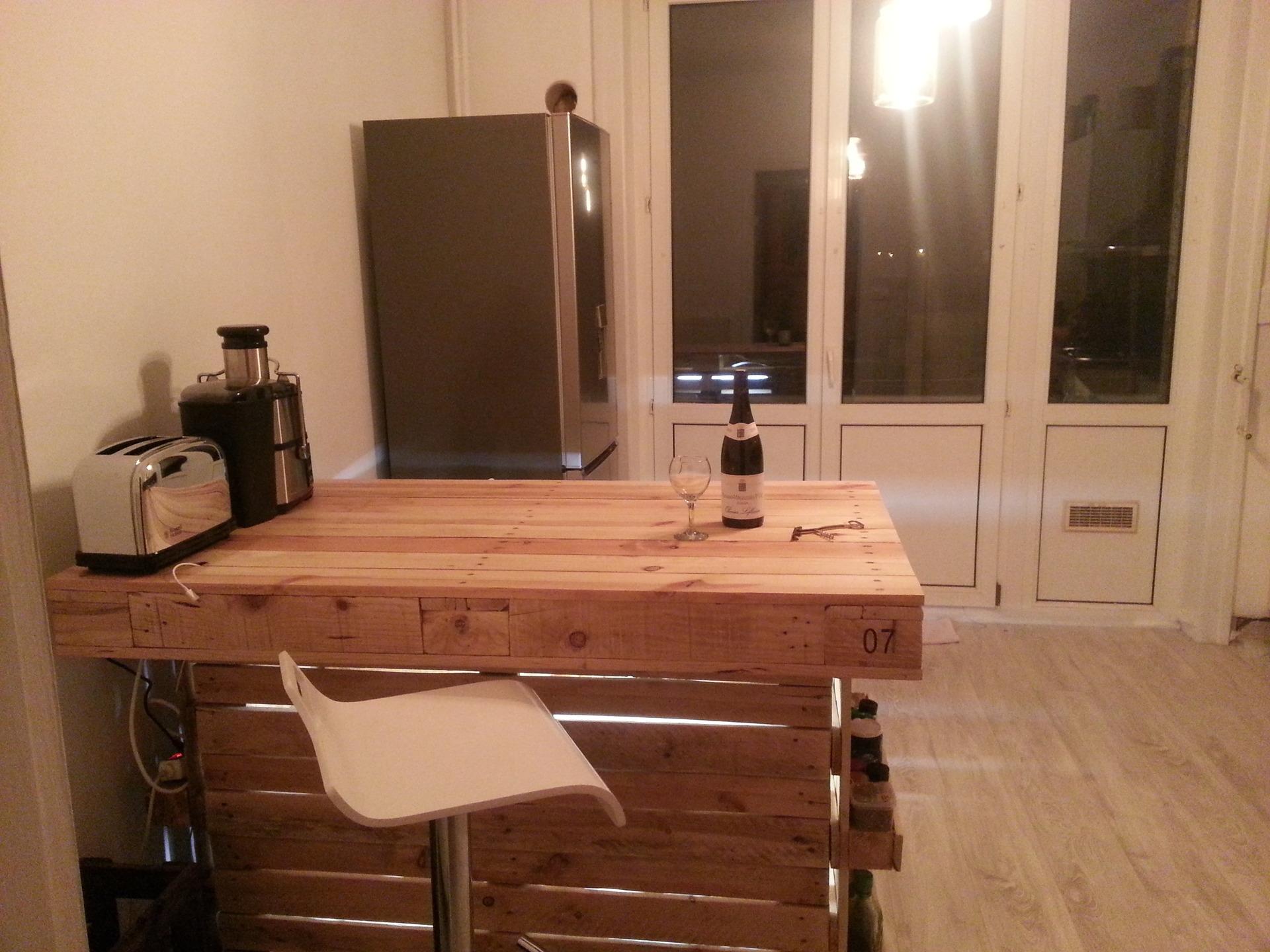Meuble haut cuisine en palette id e pour cuisine - Cuisine en palette ...
