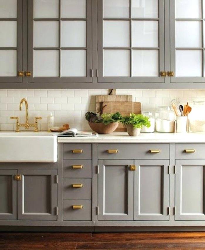 Meuble haut cuisine couleur taupe - Idée pour cuisine