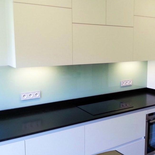 nettoyer credence inox miroir id e pour cuisine. Black Bedroom Furniture Sets. Home Design Ideas